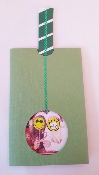 """Carte de vœux """"tirette"""" surprise-décoration du recto"""