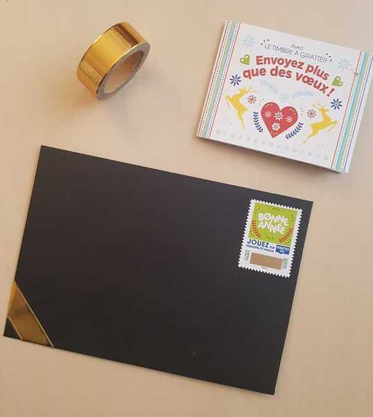 Carte de vœux or et noir-Préparer l'enveloppe et envoyer vos voeux
