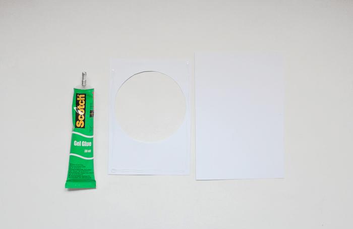 Une carte de voeux à imprimer-Collez les différents éléments sur la carte