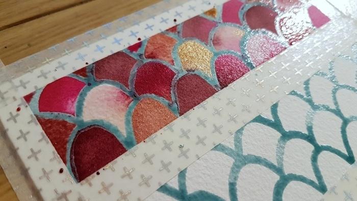 Une carte de vœux à écailles -Peindre les écailles