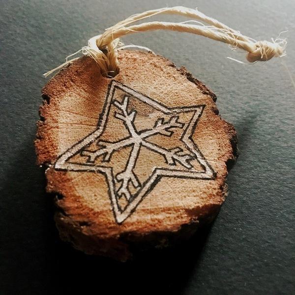 """décoration de Noël slow """"nature chic"""" pour 0€-décoration en rondin de bois"""