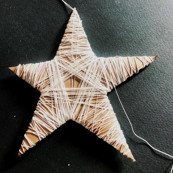 """décoration de Noël slow """"nature chic"""" pour 0€-Etoile du berger en fil"""