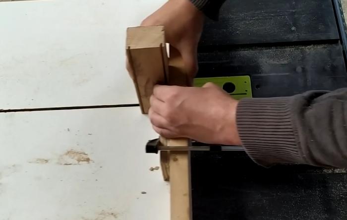 Lampe bois et béton-Découpe de l'acrylique et du bois