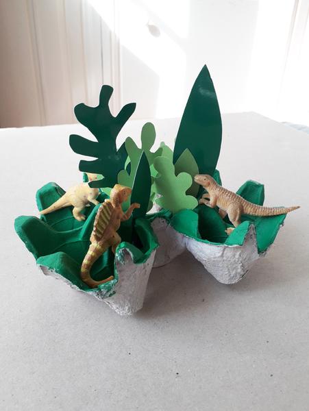 """La coupelle """"jungle"""" faite en boîte d'oeufs-Le montage final"""