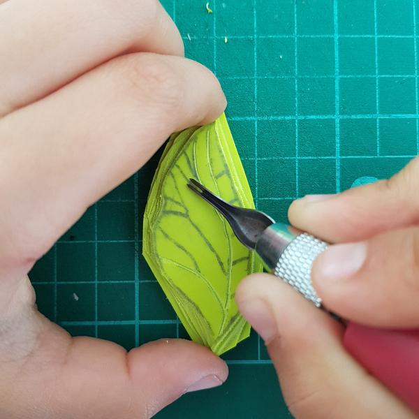 Graver un tampon Feuille de Thé (pour enfant dès 8 ans et adultes)-Graver les nervures