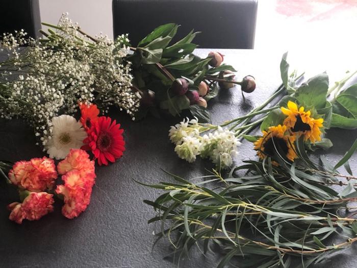 Composition florale aux saveurs de fruits -Tailler