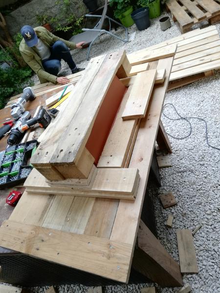 Table basse à double usage !-Finalisation du plateau et pose de la jardinière