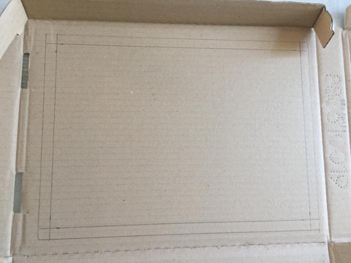Cadre pour dessins d'enfants- Préparation de la boite
