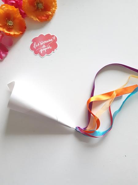 Confettis pour la sortie des mariés aux Couleurs du Mexique !-Mise en place des rubans