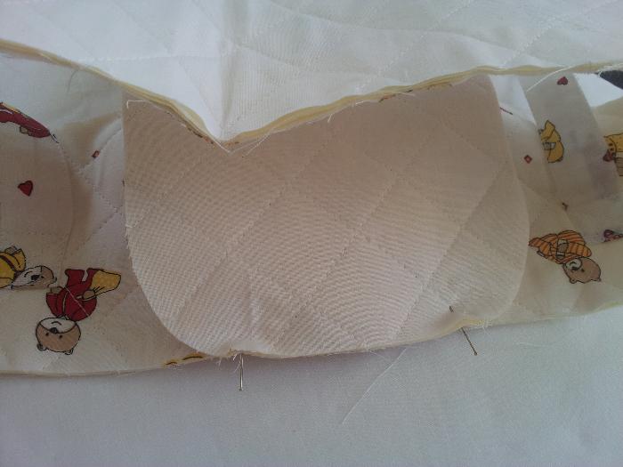 Le couffin des anges-Etape 7 : Assembler le fond et le tour du couffin