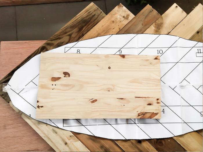 Une table basse en palette-La découpe