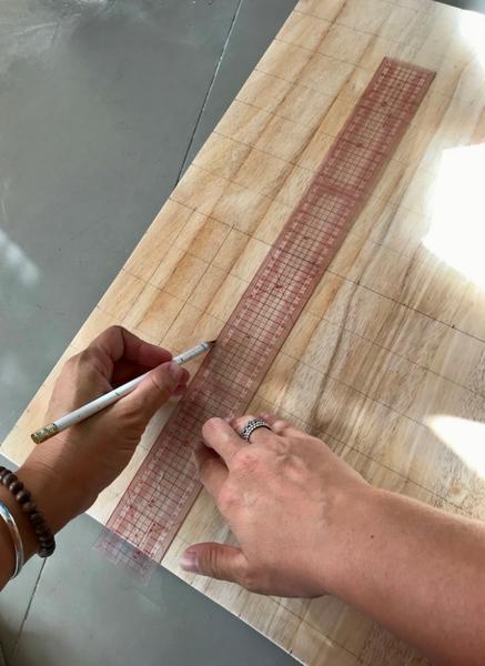 Fabriquez votre Pegboard Lettres-Percer la planche