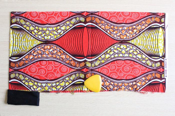 Turban en wax facile à nouer-Placement du bandeau