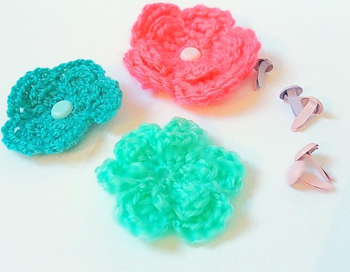 Mon Heaband fleuri-Réalisation des petites fleurs