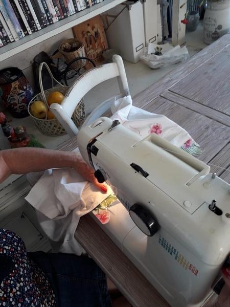 Comment réutiliser des tissus anciens-Coudre