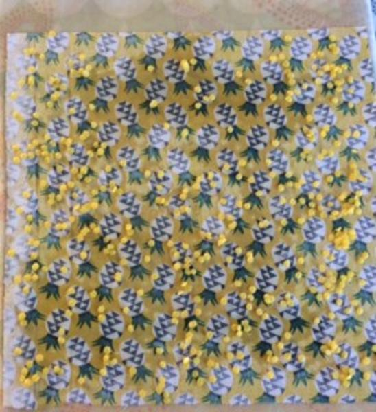 DIY Emballages réutilisables à la cire d'abeille-Mettre la cire d'abeille