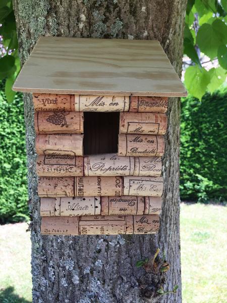 Ma cabane pour oiseaux 100% récup ! -Suspendre la cabane