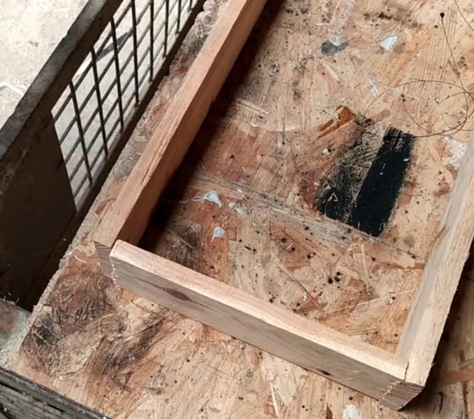 Fabriquer un panneau en bois avec des LED-Fabriquer le support des lettres