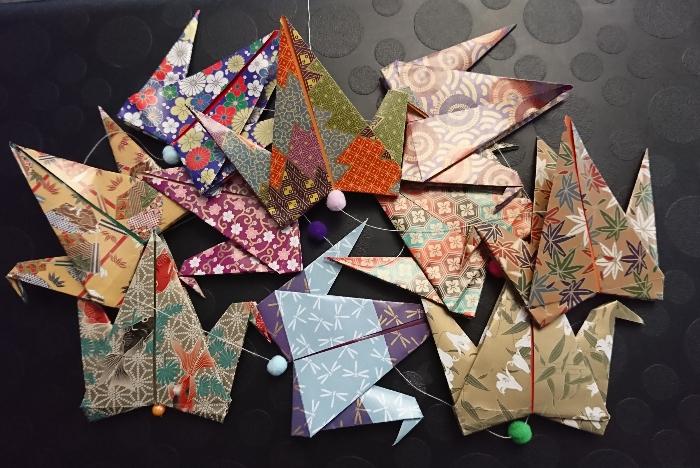 La guirlande de grues origami (qui brille)-Montage de la guirlande