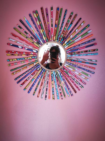 Miroir Soleil en Wax-L'installation :