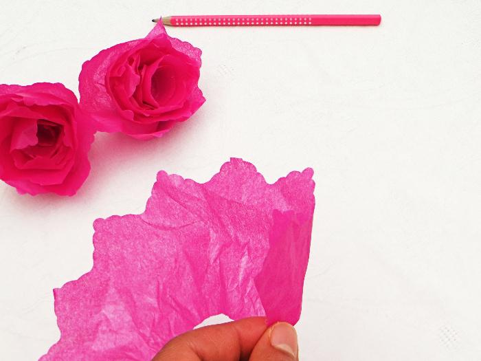 Thé piñata party -Ajouter un bouquet de fleurs