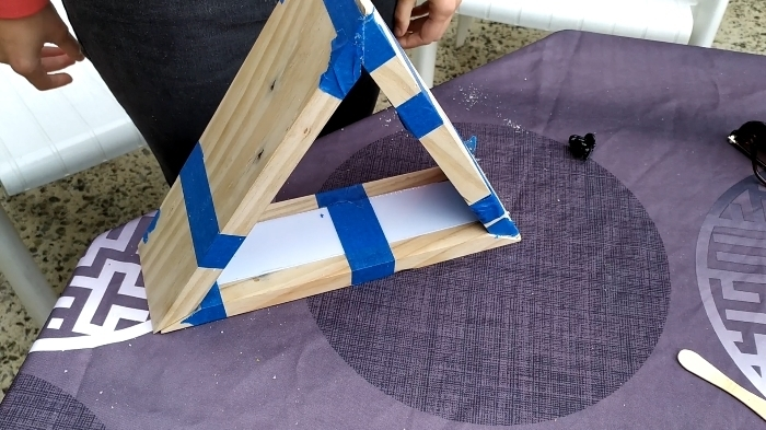 Lampe triangulaire : palette et LED -Découpe des morceaux à 30°