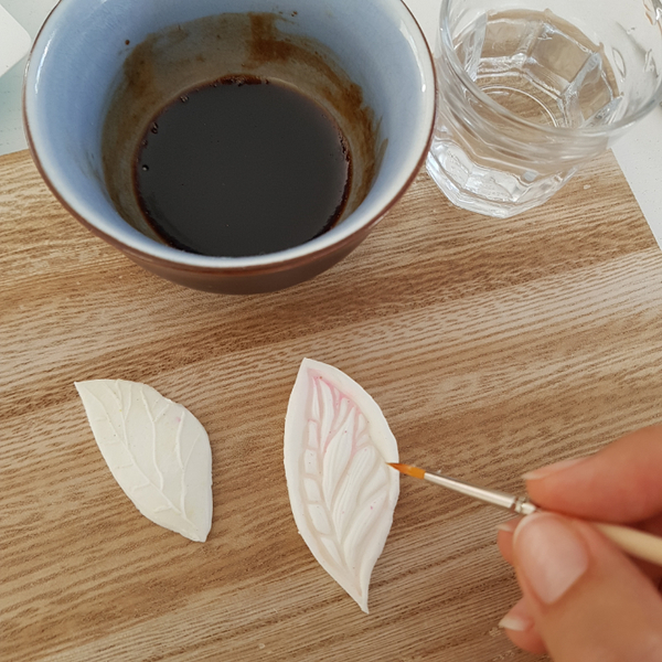 Décoration Feuilles de Thé en Porcelaine Froide-Décorer vos empreintes
