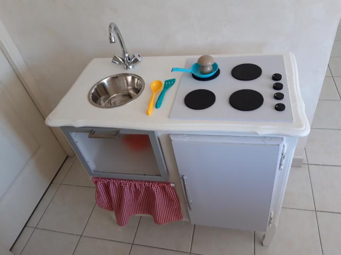 Au lieu de regarder la télévision, si on cuisinait...-Mise en service de la cuisine