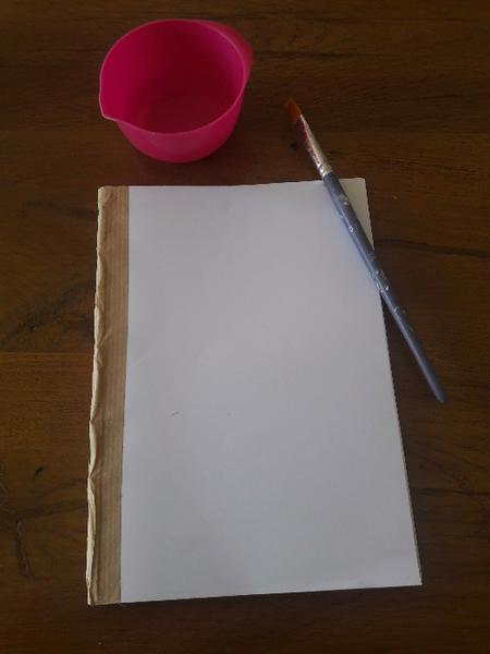 DIY Livre-Assemblage avec la couverture du livre