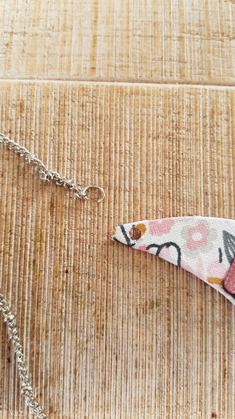 Collier plastron upcycling-Montage du collier