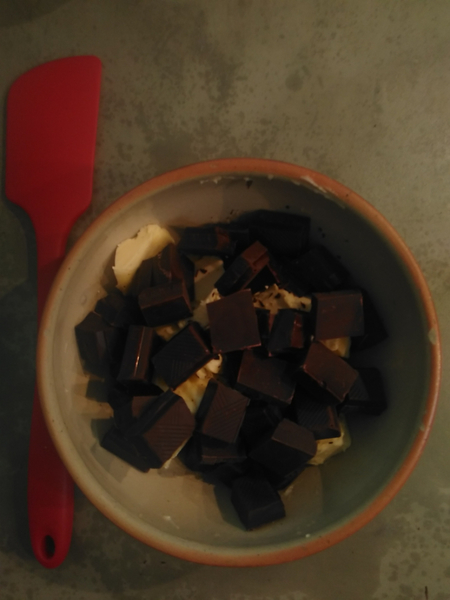 Gâteau moelleux au chocolat-Le beurre et le chocolat