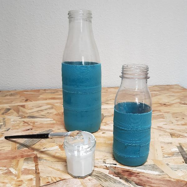 Pour un Noël durable : accumulation de petits vases-Rhabillez vos bouteilles