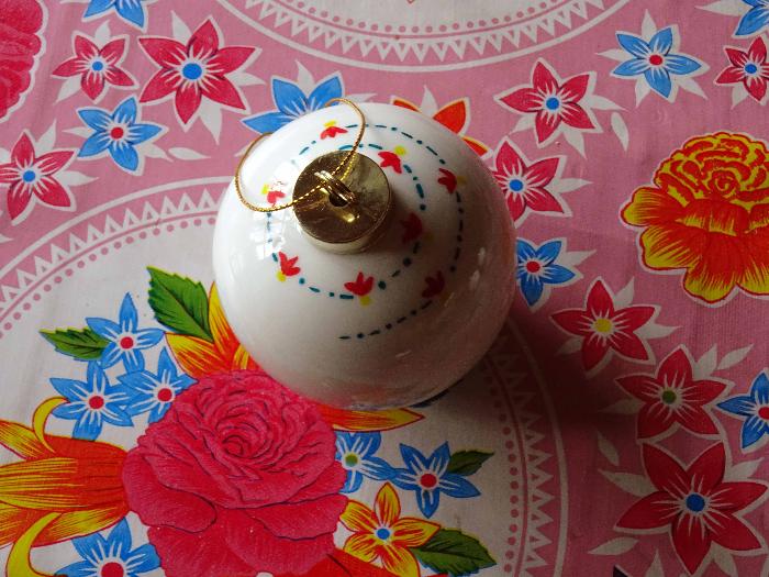 Boules de Noël en porcelaine-