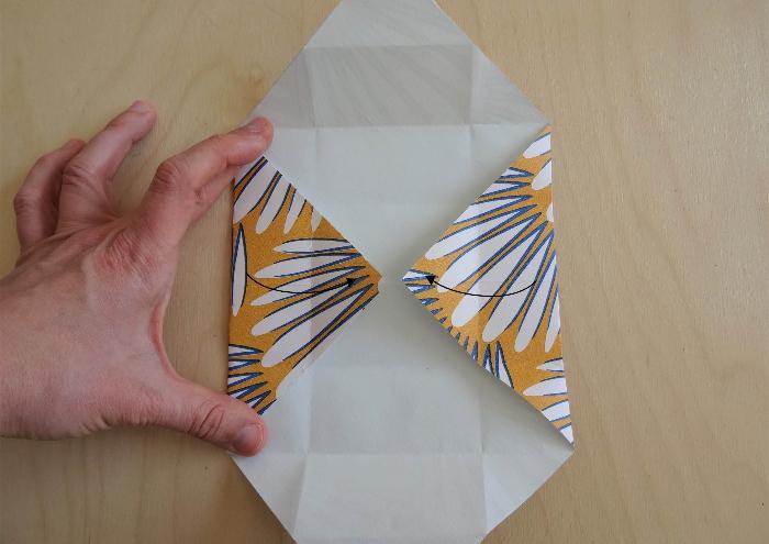 Petite boîte en papier peint recyclé-Former la boîte