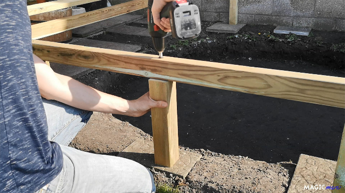 Terrasse pour SPA gonflable, avec couvercle motorisé-Encore des poteaux