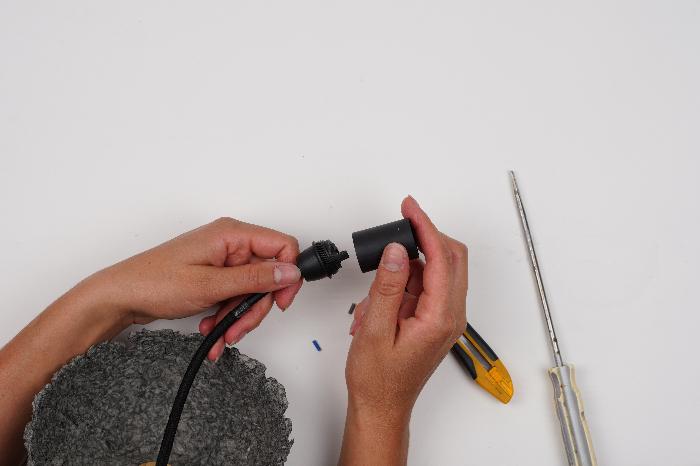 Luminaire en papier mâché-Installation lumineuse (2/2)
