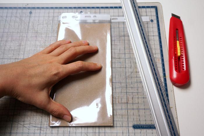 Traveler's Notebook - carnet de voyage-Une pochette transparente