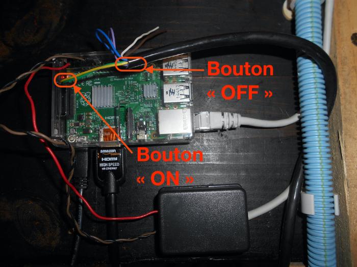 Un Tableau de Bord numérique – v2 !-Deux boutons poussoirs... pour allumer / éteindre notre tableau de bord