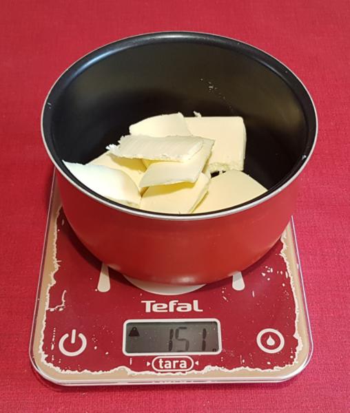 Kouglof (ou Kougelhopf) moelleux -Faites ramollir le beurre