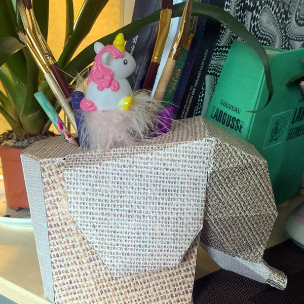 Pot à crayon éléphant en papier-Personnaliser la Sculpture