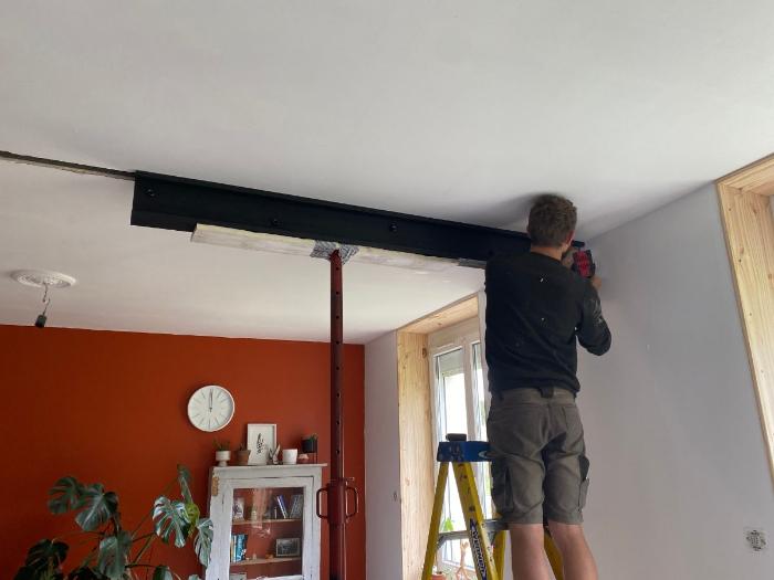 Créer un IPN trompe l'oeil en bois-Fixer le faux IPN au plafond
