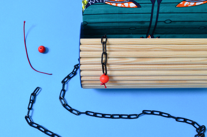 Fabriquer un sac en bois-Fabrication de l'anse et de la fermeture du sac