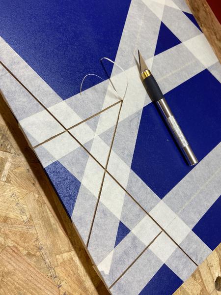 """DIY : Tableau """"Caisse américaine"""" avec panneau rainuré peint-Préparation et mise en peinture des rainures"""
