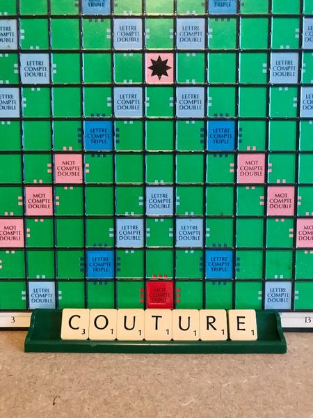 Comment recycler un Scrabble en déco murale-Opération : Comment recycler un Scrabble en déco murale