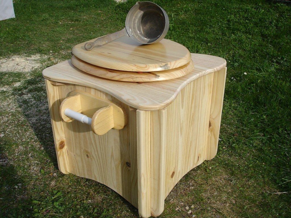 des toilettes s ches de type tlb d montables oui are. Black Bedroom Furniture Sets. Home Design Ideas