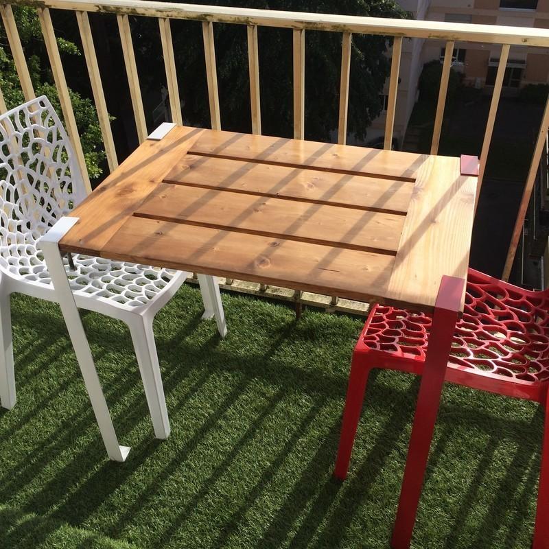Une Table Demontable Pour Le Balcon Oui Are Makers